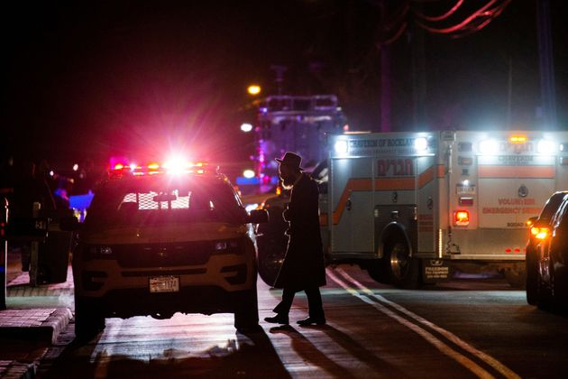 Five People Stabbed At Rabbis New York Home During Hanukkah Celebrations