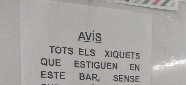 Cartel en un bar de
