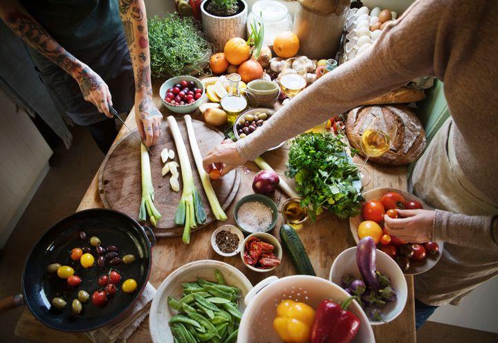 """""""Você se acostuma a se alimentar de forma saudável e acaba usando os mesmos alimentos, e isso corre o risco ser entediante"""", disse a nutricionista Lisa Bruno."""