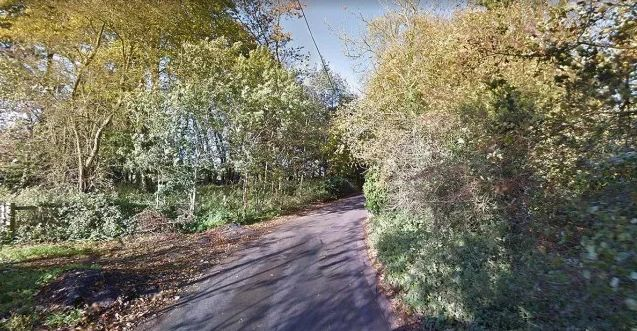 <strong>The two men were found on Dibden Lane in Sevenoaks, Kent</strong>
