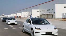 H Tesla παραδίδει τα πρώτα «made in China» αυτοκίνητά