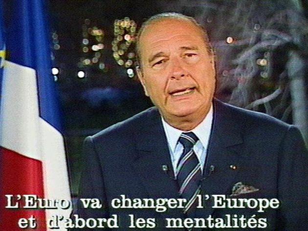 Jacques Chirac, le 31 décembre 1997 au Palais de l'Elysée à Paris, lors des traditionnels...