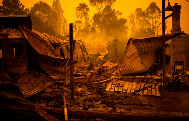Australia's Apocalyptic Wildfires Captured In These Stunning
