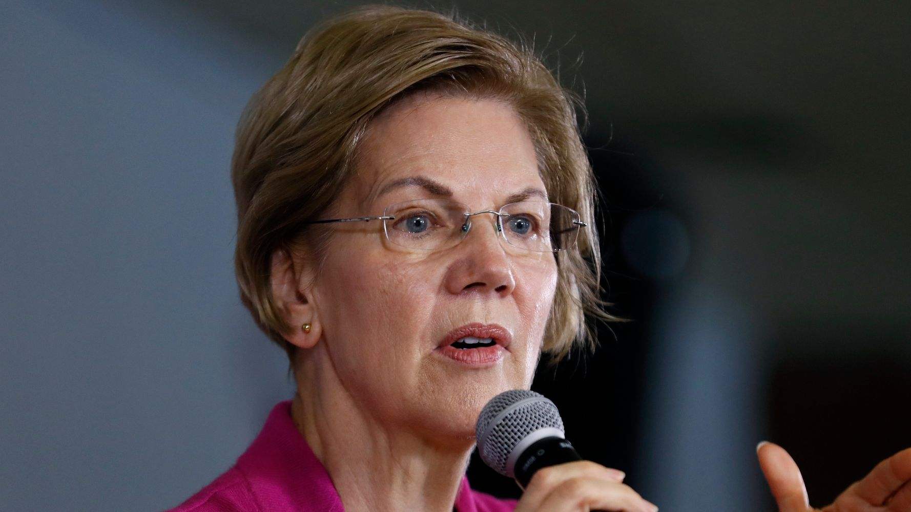 Westlake Legal Group 5e0c596c2400009f245a4ad2 Elizabeth Warren Rips 'Fawning, Spineless' Republicans In End-Of-Year Speech