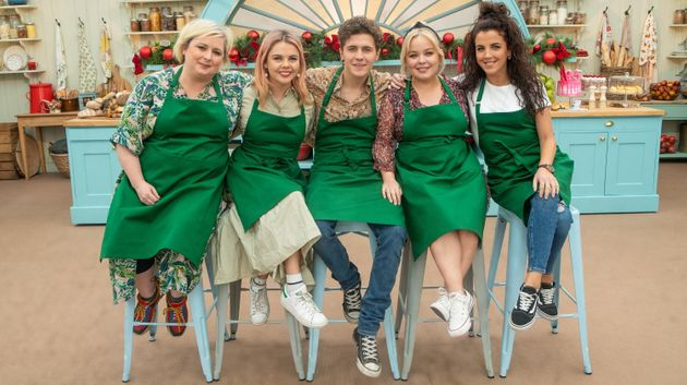 The Derry Girls Disastrous Turn In The Bake Off Tent Has Viewers Calling For Second Helpings