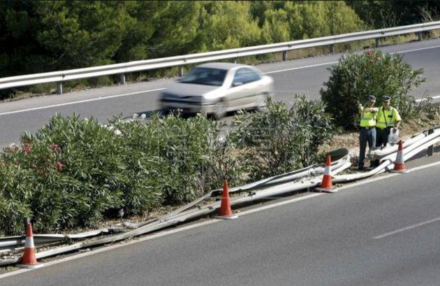 Imagen de archivo de una carretera escenario de un