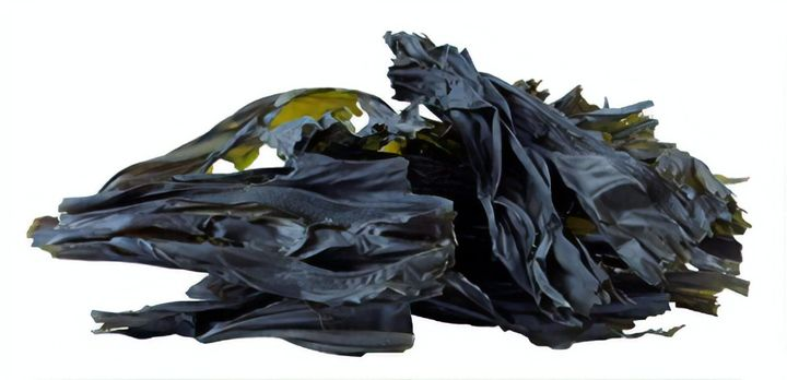 Sugar kelp is high in vitamins A, B1, B2, D and E, and it's also a great source of zinc, magnesium, iodine, potassium and calcium.