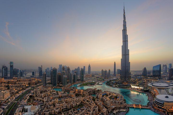 Dubaié um dos lugares mais futuristas do mundo e está na vanguarda em termos de arquitetura e novas tecnologias.