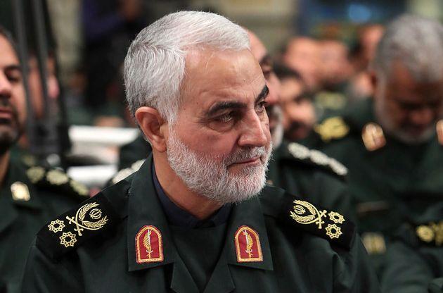 Qassim Soleimani photographié en octobre 2019 aux côtés duGuide de la Révolution...