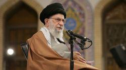 L'ayatollah Khamenei crie