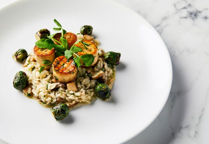 The mushroom scallops and wild mushroom risotto slated to be served as the main course for the all-vegan 77th Golden Globes o
