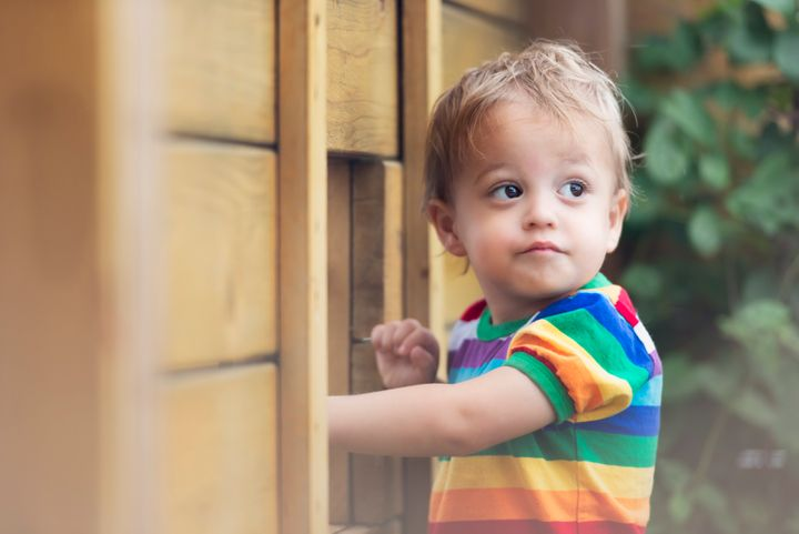 Raising kids without gender roles can have myriad benefits for their physical and mental health.