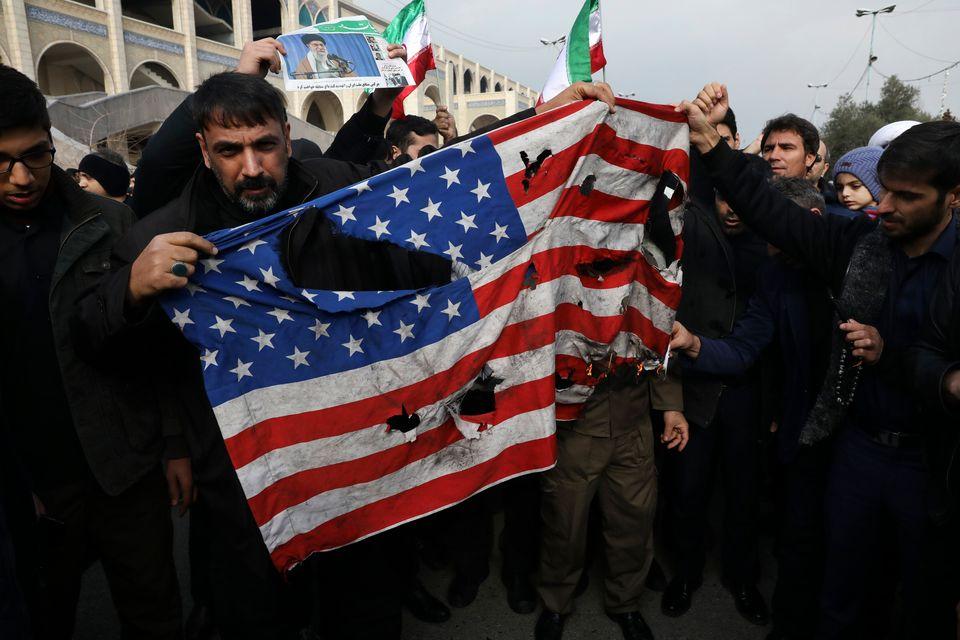 Παγκόσμιος συναγερμός μετά τον θάνατο Σολεϊμανί - Μαζικές διαδηλώσεις για αντίποινα κατά