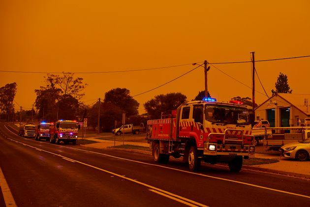 Évacuation le 4 janvier 2020 alors que plus de 140 incendies continuent de brûler et au...