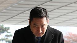 강용석 아내가 김건모-장지연 만남 주선했다는 주장이 제기됐다