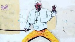 Francesco è Kill Bill in un murales a Roma. L'autore portato in
