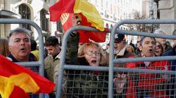 La marcha españolista contra Sánchez acaba con gritos de