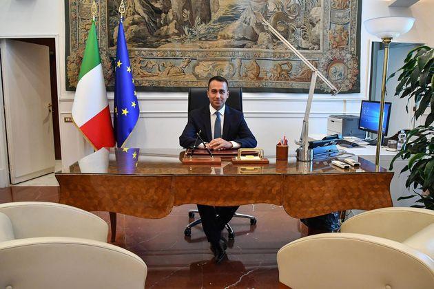 Luigi Di Maio nel suo ufficio alla