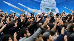 Ιράν: Το πτώμα του Σολεϊμανί επαναπατρίστηκε στην Αβάζ, όσο ο Τραμπ απειλεί
