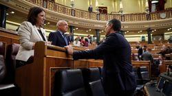 Sánchez advierte contra el transfuguismo y Simancas obliga a los diputados a volver el día