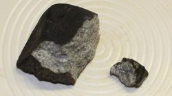 Quelli che state osservando sono i frammenti del meteorite di