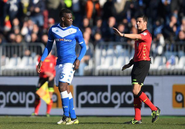 Cori razzisti, Balotelli contro i tifosi laziali presenti: