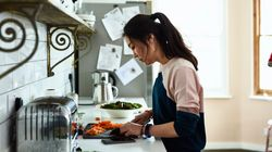 The Key To Learning To Cook? Stop Feeling