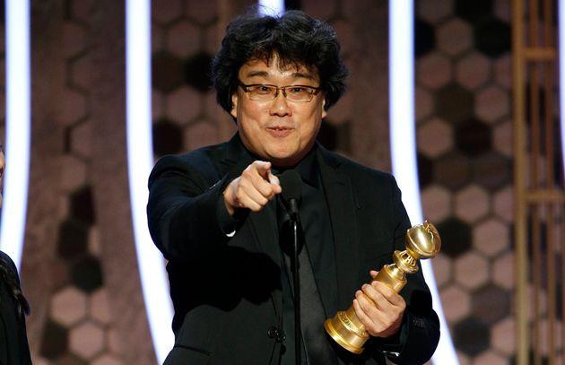 Bong Joon-ho reçoit le Golden Globe du meilleur film en langue