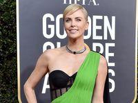 Aux Golden Globes 2020, le soutien-gorge se porte à l'air libre - Le HuffPost