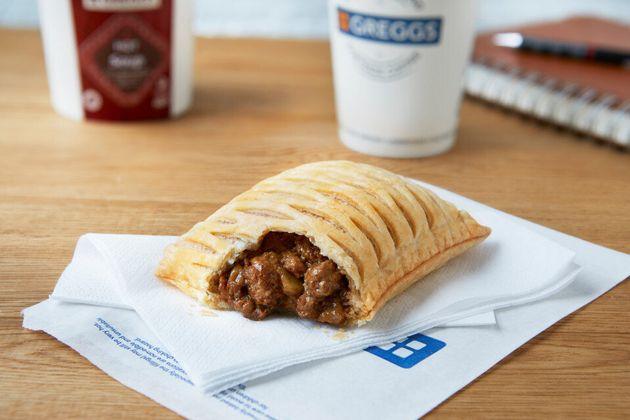 Greggs Vegan Steak Bake, Reviewed By Meat Eaters, Veggies And Vegans