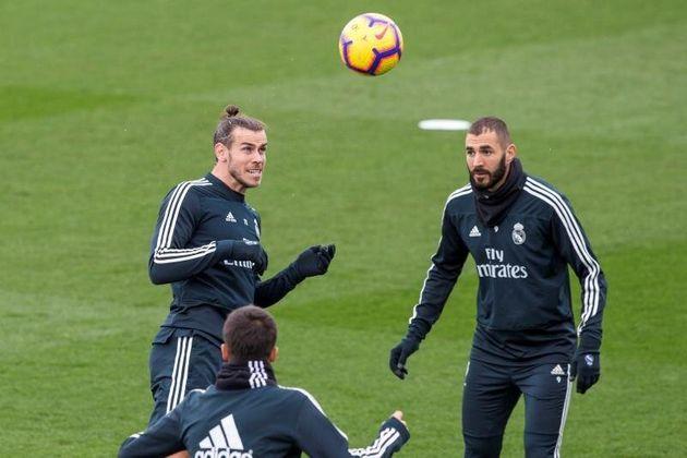Los jugadores del Real Madrid Gareth Bale (i) y Karim Benzema. EFE/Rodrigo