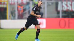 Ibrahimovic ovationné par San Siro pour son retour à l'AC