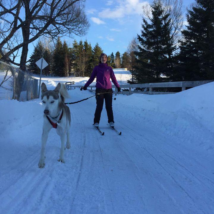 Laura Defay et son chien Lobo
