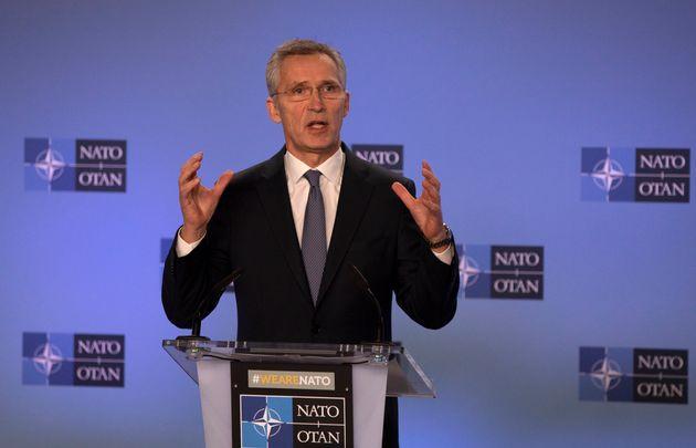Le secrétaire général de l'OTAN, Jens Stoltenberg, s'exprime lors d'une conférence...