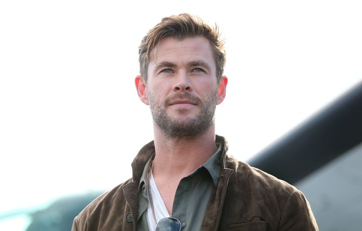Chris Hemsworth has donated $1 million as the Australian bushfire crisis continues.