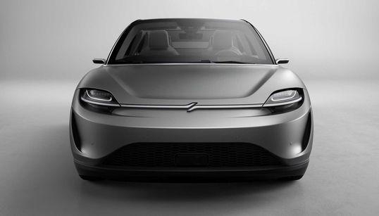 소니가 전기자동차 '비전-S' 콘셉트카를 공개했고, 모두가
