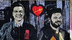 Sánchez y Rufián, dos 'soñadores' juntos de la mano por las calles de
