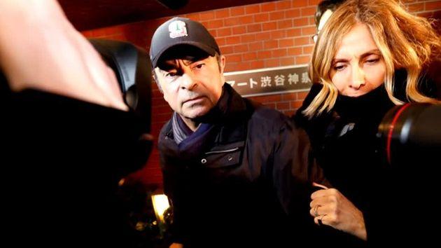 Ιαπωνία: Εκδόθηκε ένταλμα σύλληψης για τη γυναίκα του Κάρλος