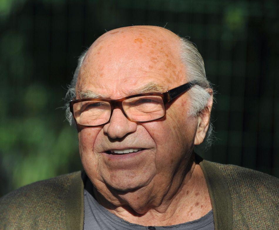 Jacques Dessange, coiffeur apprécié des stars de cinéma et fondateur du célèbre groupe international de coiffure, est décédéà l'âge de 94 ans.» Lire notre article complet en cliquant ici