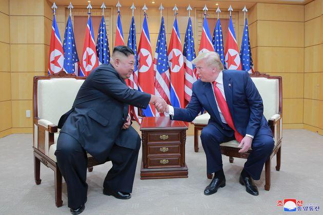 Depois de quase iniciarem uma guerra nuclear, o presidente Donald Trump