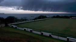Video Showing A Whole Sydney Suburb Cheering On Rain Will Help Slightly With Your Bushfire