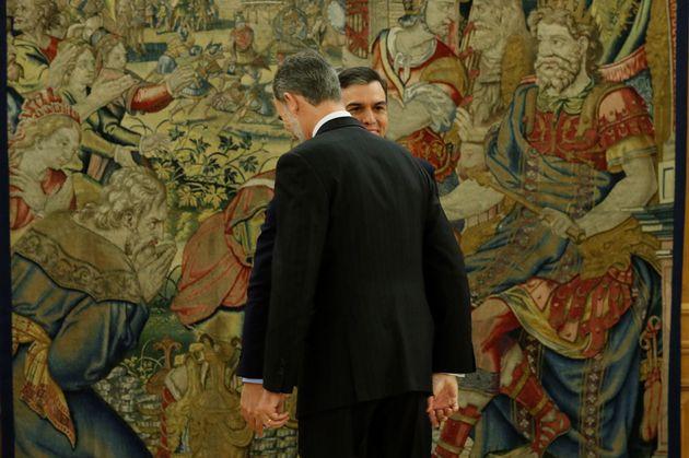 La conversación privada entre el rey y Sánchez: