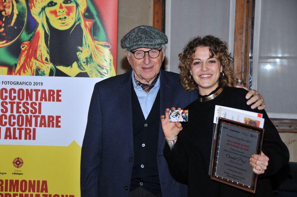 Chantal Pinzi Premio Speciale Commissione - Carta di Credito Euro