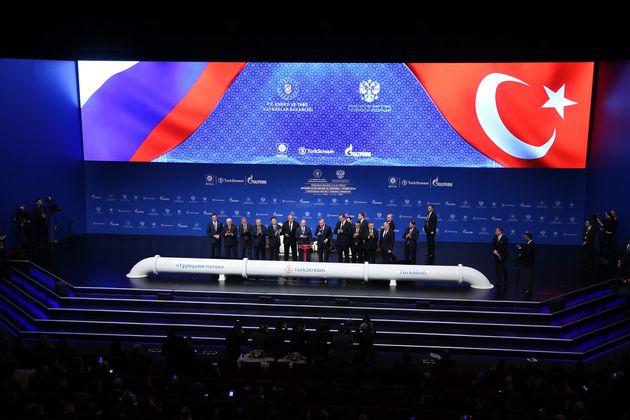 Τουρκία: Πούτιν και Ερντογάν εγκαινίασαν τον αγωγό