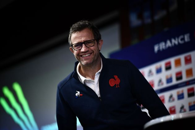 Ancienne gloire du XV de France, le nouveau sélectionneur de l'équipe nationale de rugby...