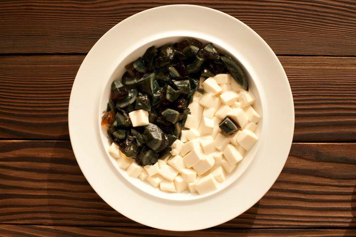A medicina chinesa encara as folhas verdes e o tofu como alimentos que refrescam.