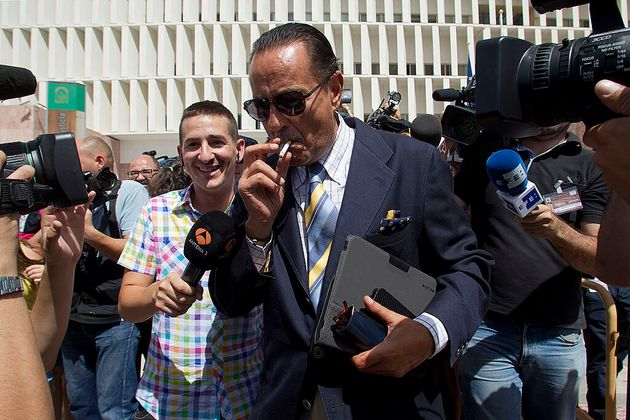 Julián Muñoz a la salida de los juzgados de Málaga el 29 de