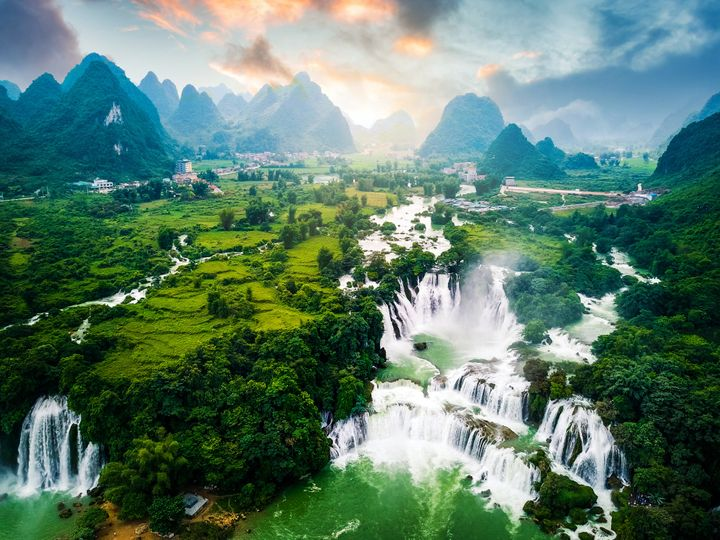 Ban Gioc Detian waterfall in Vietnam