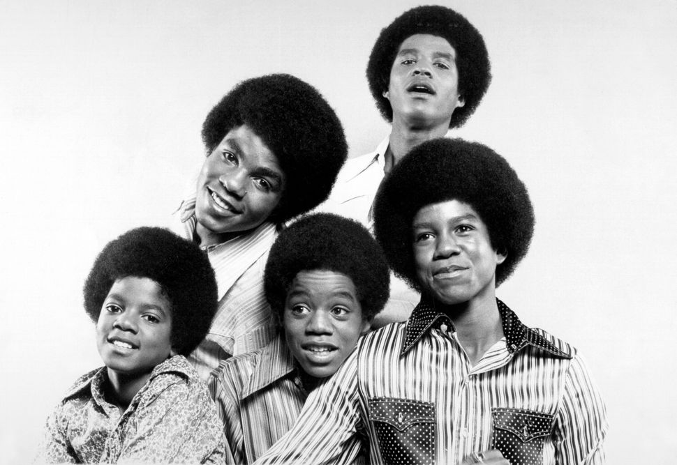 "R&B quintet ""Jackson 5"" pose for a portrait in circa 1969. Clockwise from bottom left: Michael Jackson, Tito Jackson, Jac"