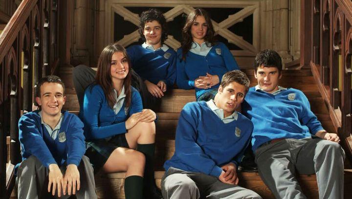 Los personajes de 'El internado'.
